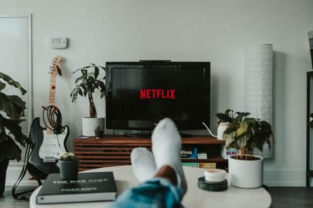 Netflix обязал всех актеров перед съемками в США вакцинироваться от COVID-19