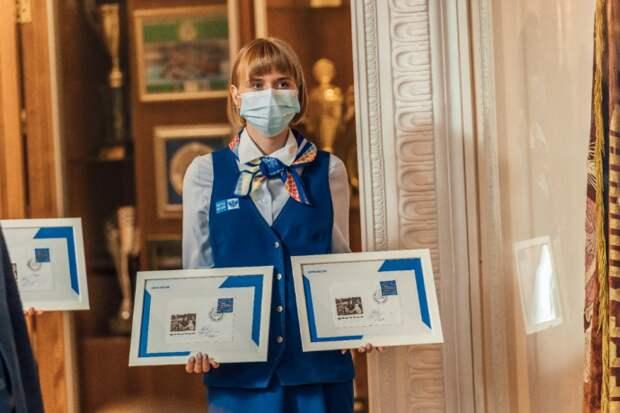 В Новосибирске торжественно погасили почтовую марку «Город трудовой доблести»