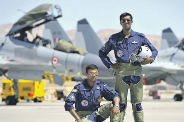 """""""Когда-нибудь это поможет нам вернуть острова"""" - командующий ВВС Японии. Японцы готовятся к учебным боям с индийскими """"Сушками"""""""