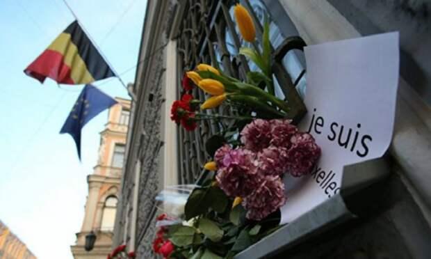 К чёрту политкорректность: глава МВД Бельгии о «плясках мусульман после терактов»