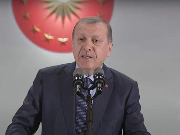 Турецкий лидер не намерен способствовать миру в Закавказье