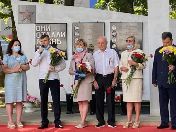 В Западном Дегунино открыли отреставрированный памятник воинам железнодорожникам. Фото: Топор Юлия Андреевна