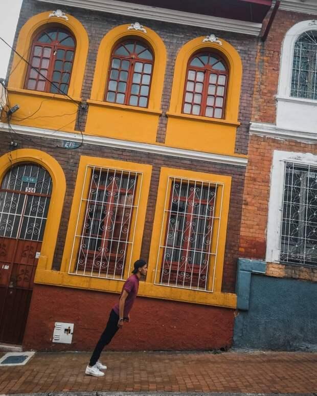 Эффектные городские снимки Альфонсо Леона