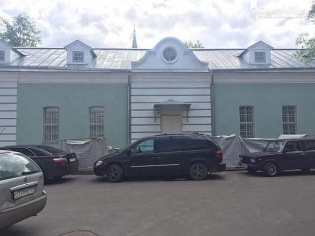 Власти Москвы сдают по льготной ставке помещение в доме «Московский почтовик»