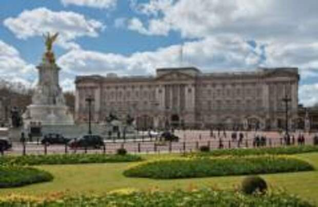 В Букингемский дворец попытался проникнуть неизвестный мужчина