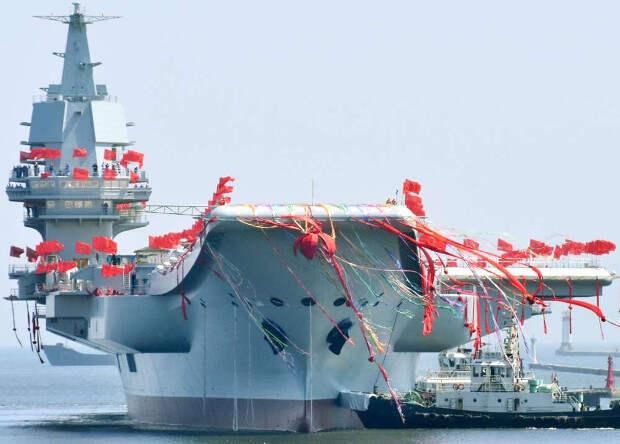 Первый китайский авианосец прошел ходовые испытания