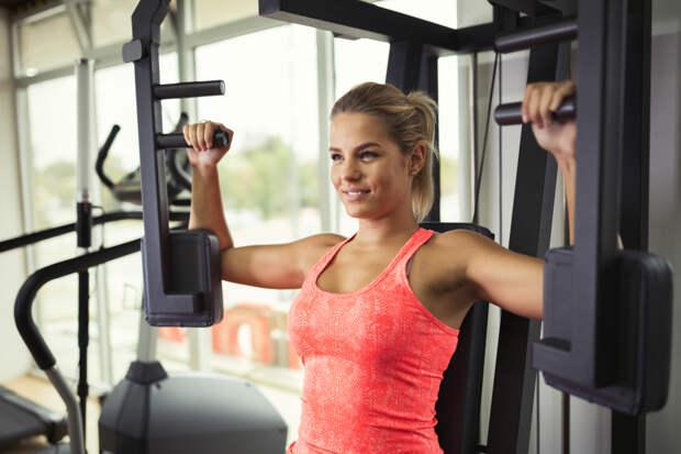 Будб в форме. Упражнения для тренировки груди, которые подойдут любой девушке