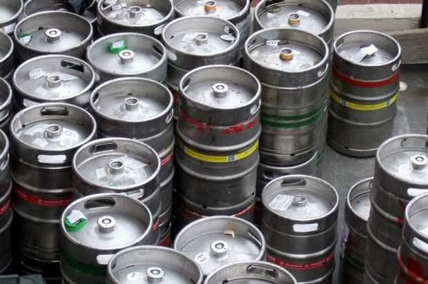 В Ростове суд постановил уничтожить 6150 литров пива без документов