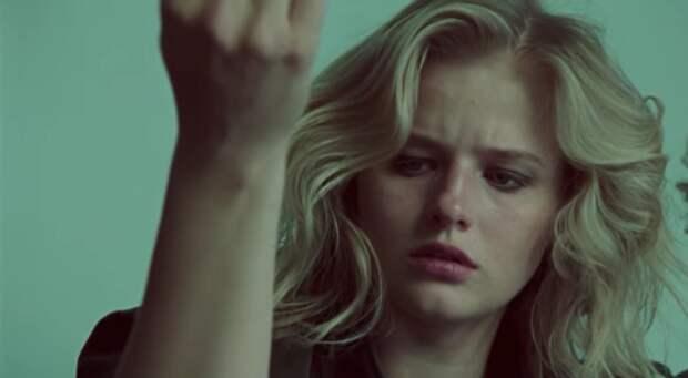 Саша Бортич снялась в клипе солиста System of a down