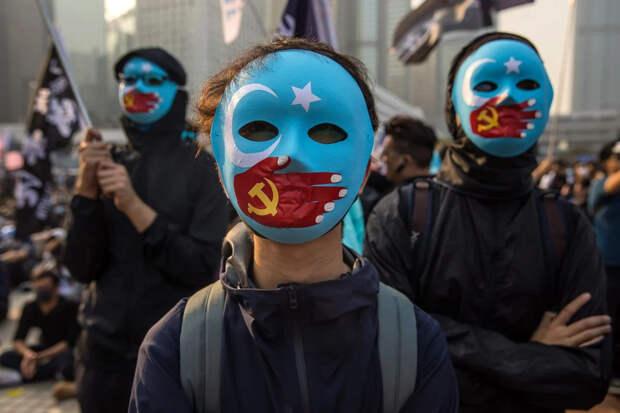 Тяжёлая уйгурская карта в чужих руках