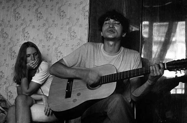 «Рок накостях», «квартирники» и«ужасы»: как жил иразвивался советский андеграунд