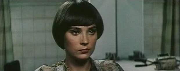 Почему Елена Зеленова пропала с экранов сразу после звёздной роли