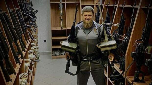 Путин присвоил Кадырову звание генерал-майора и перевёл из МВД в Росгвардию