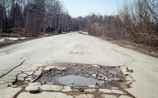 Президент считает, что местные дороги развиваются слишком медленно