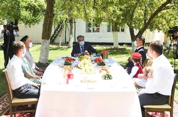 Борьба за президентское кресло в Таджикистане: курс на стабильность или?..