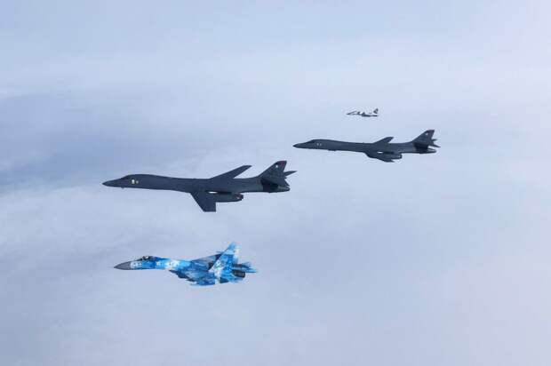 В ходе полета стратегических бомбардировщиков В-1В в Европу отрабатывалось применение ракет LRASM