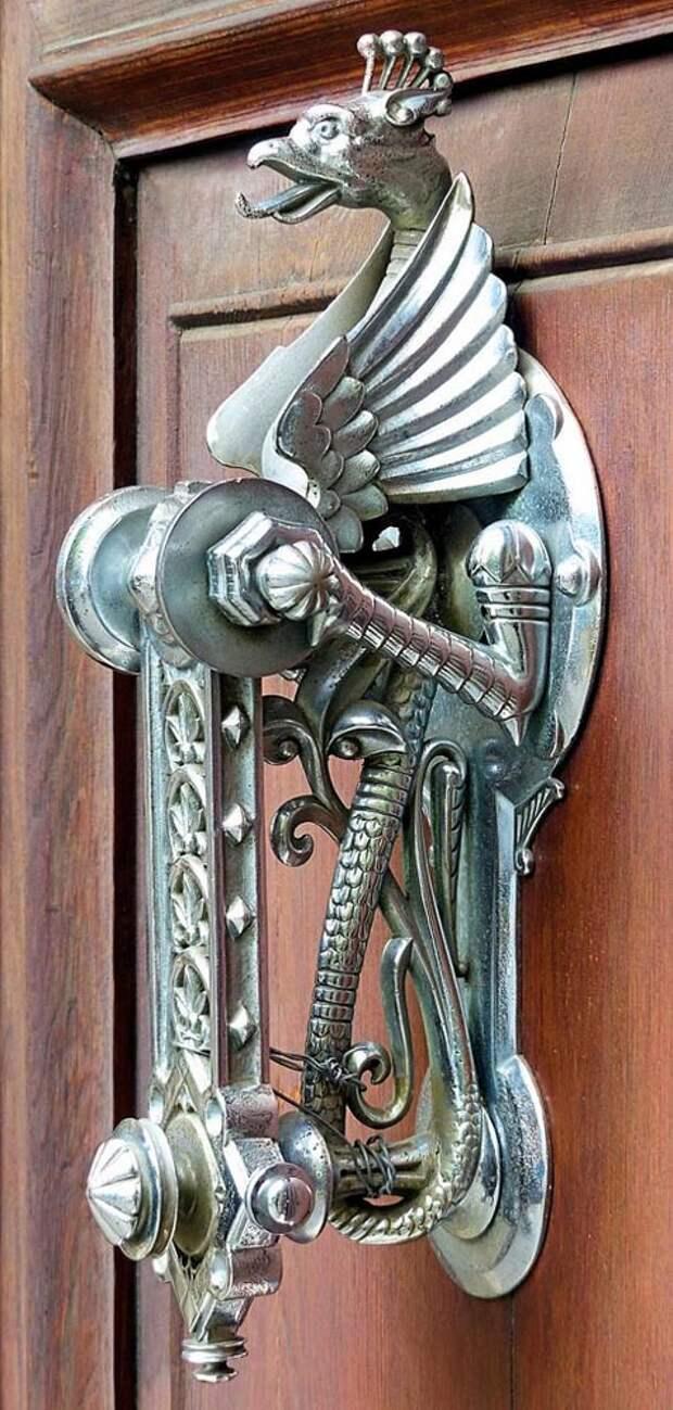 Дверной молоток