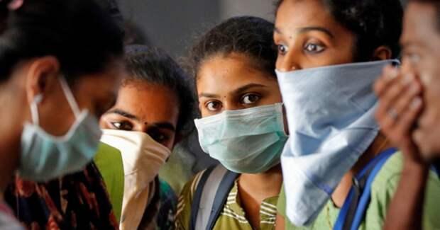 Как Индия победила коронавирус коровьим навозом, фильмами Болливуда и«палочным» карантином