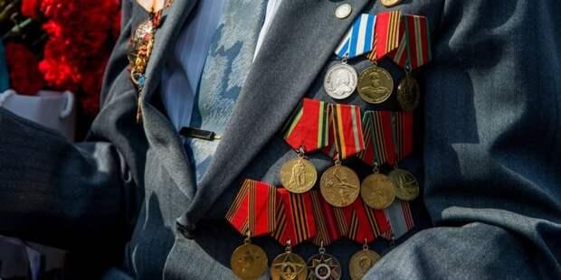 Собянин вдвое увеличил размер матпомощи ветеранам к годовщине Битвы под Москвой. Фото: Ю. Иванко mos.ru