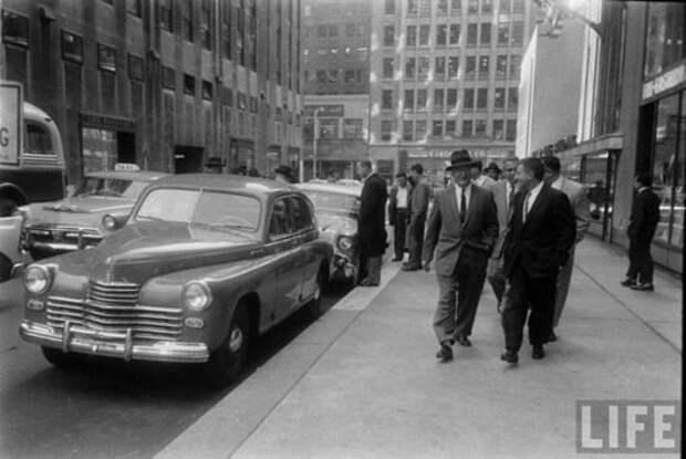 Автомобили - символы советской эпохи