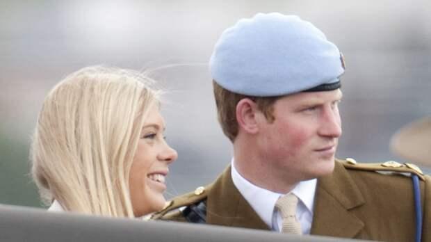 Принц Гарри уговорил экс-подругу прийти на его свадьбу