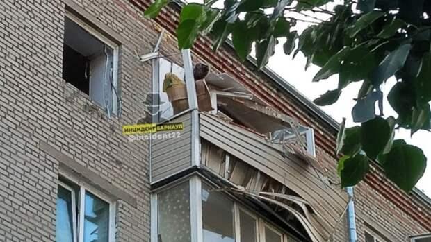 Хлопок газа произошёл в многоквартирном жилом доме в Барнауле