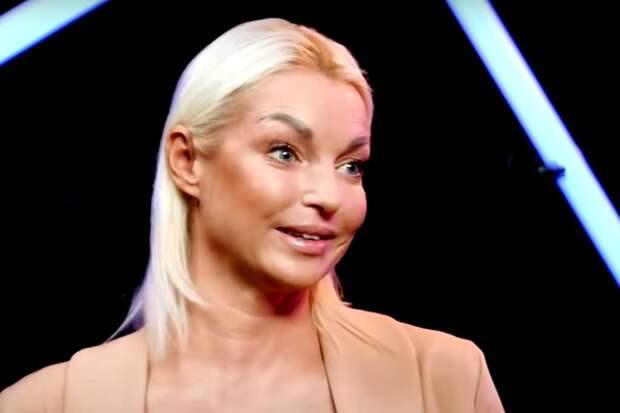 «Зазвездилась?»: Волочкова вспомнила, как Галкин поставил ее на место