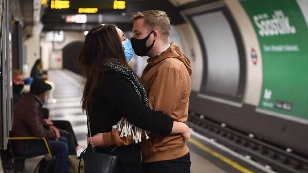 Британия разработала план по борьбе с коронавирусом 16 лет назад, но потеряла его
