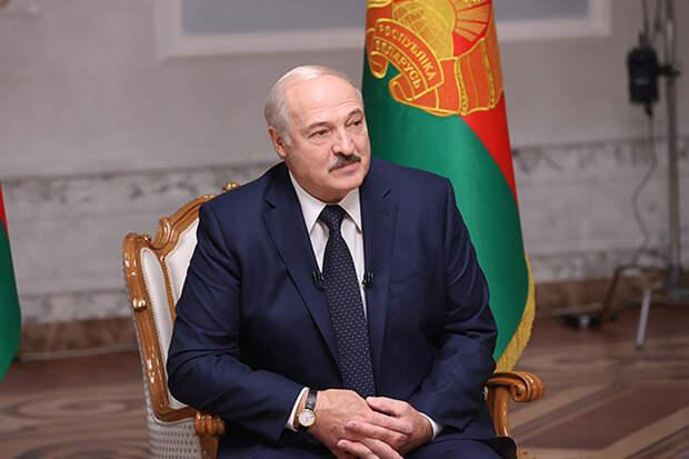 Лукашенко объявил Белоруссию космической державой