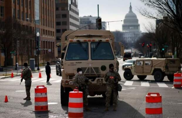 Перед инаугурацией Байдена Вашингтон переведен на военное положение