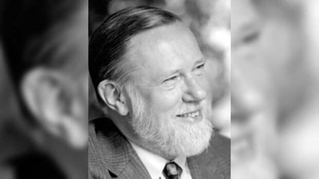 Умер один из основателей компании Adobe Чарльз Гешке