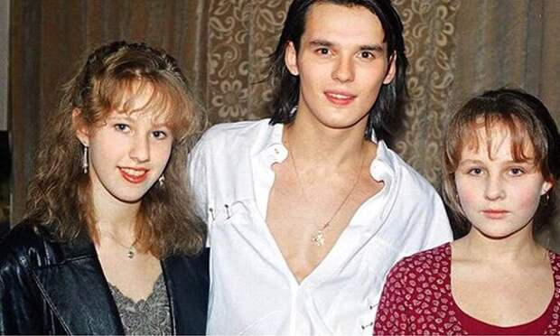 Ксюша Собчак, Влад Сташевский и подружка Ксюши. Ориентировочно 1994 год
