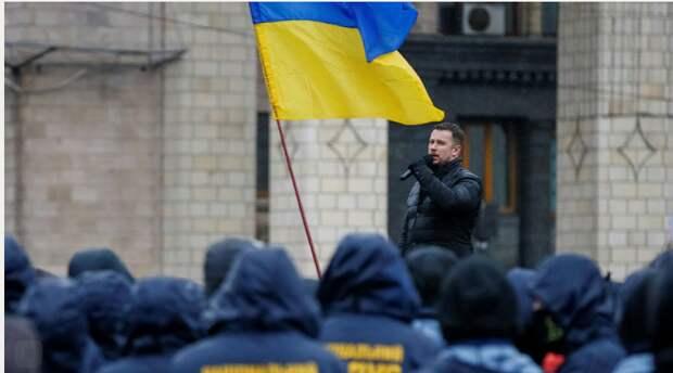 112: лидер «Нацкорпуса» пригрозил Зеленскому собрать в Донбассе тысячи ветеранов