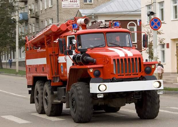 Пожарная машина спешит на вызов. Фото: Mos.ru