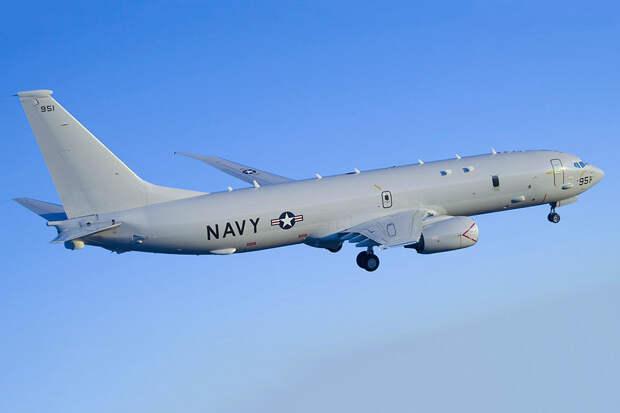 Самолеты-разведчики стран НАТО засекли над Черным и Баренцевым морями