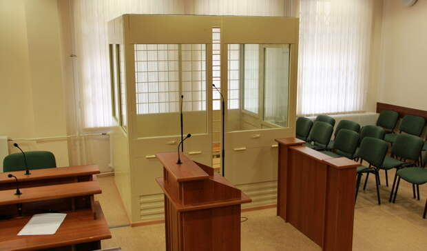 Бывшего судью иего сына осудили вРостове запопытку похитить 50млн рублей