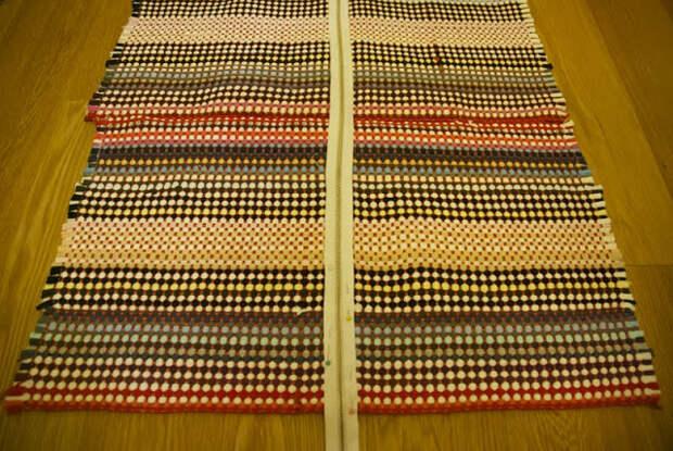 Очень милое платье из… ковриков