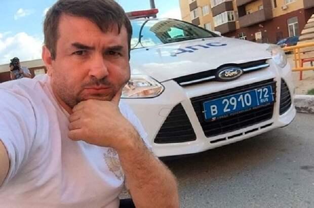 Тюменец прокатился по городу в ванне. И помыться успел, и людей повеселить: видео Instagram, ynews, Тюмень, блогер, гибдд, перфоманс, штраф