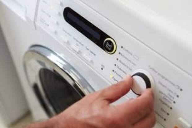 Почему стиральная машина бьется током?