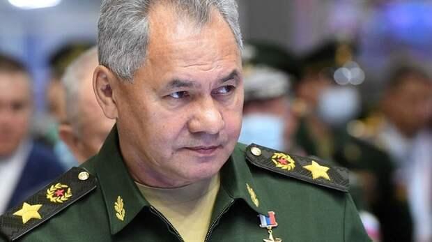 Шойгу приказал быть готовыми к неблагополучному развитию учений НАТО