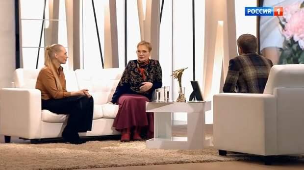 Нина Русланова впервые после инсульта появилась на публике и рассказала о своей непростой жизни