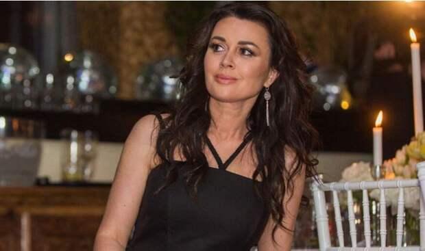 Миро обвинила Заворотнюк в попытке уйти от налогов