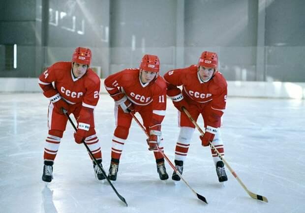 «Красная машина» и канадские хоккейные мифы