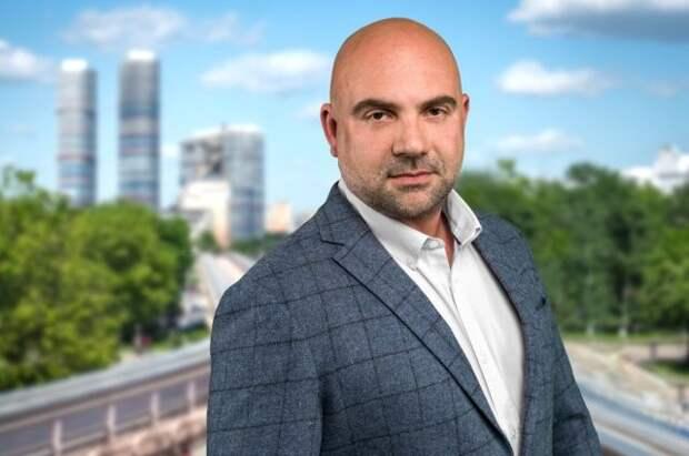 Тимофей Баженов поднял вопрос о беспроцентных кредитах на образование