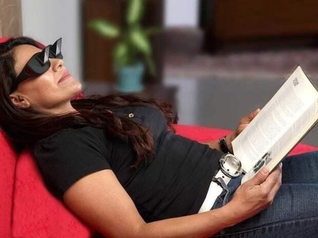 17 самых нелепых и забавных гаджетов для ленивых людей