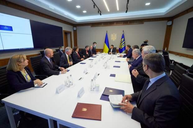 Зеленский поблагодарил американских конгрессменов за антироссийские санкции