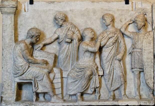 Древние римляне. Рельеф II в. до н.э.