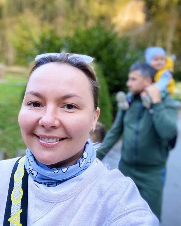 Звезда телеэкранов Татьяна Морозова вместе с семьёй отправилась жить за границу