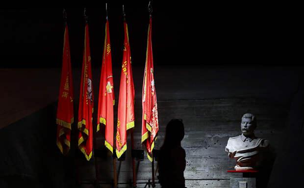 Европарламент потребовал от России не обелять преступления режима СССР