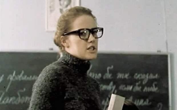 8 учительниц, которых мы полюбили в советском кино